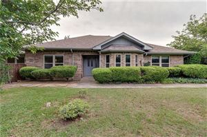 Photo of 533 W 1st Street, Justin, TX 76247 (MLS # 14127364)
