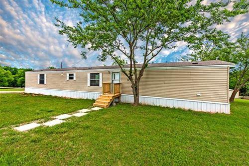 Photo of 334 Meadows Lane, Pottsboro, TX 75076 (MLS # 14329364)