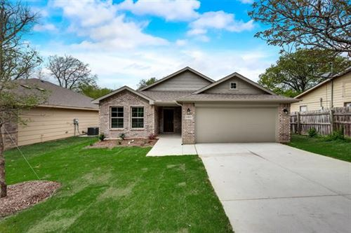 Photo of 1005 S Taylor Street, Gainesville, TX 76240 (MLS # 14274366)