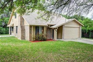 Photo of 646 Meadowglen Drive, Duncanville, TX 75137 (MLS # 14096368)