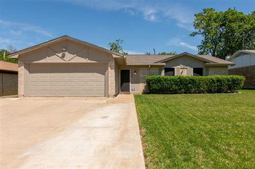 Photo of 3409 Durango Lane, Arlington, TX 76014 (MLS # 14575368)