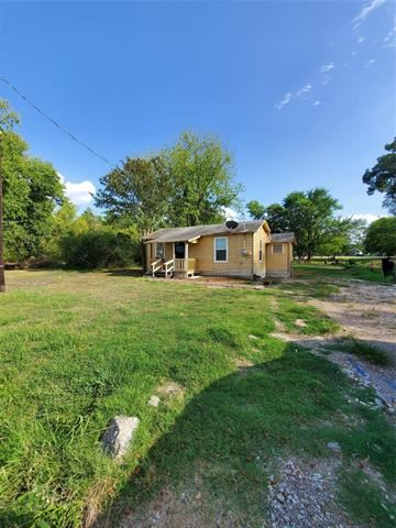 Photo of 346 Avenue D, Point, TX 75472 (MLS # 14413369)