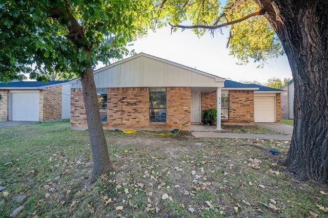 516 Sandstone Drive, Fort Worth, TX 76120 - #: 14677369