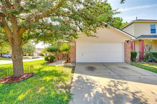 Photo of 11651 Cottontail Drive, Fort Worth, TX 76244 (MLS # 14694372)