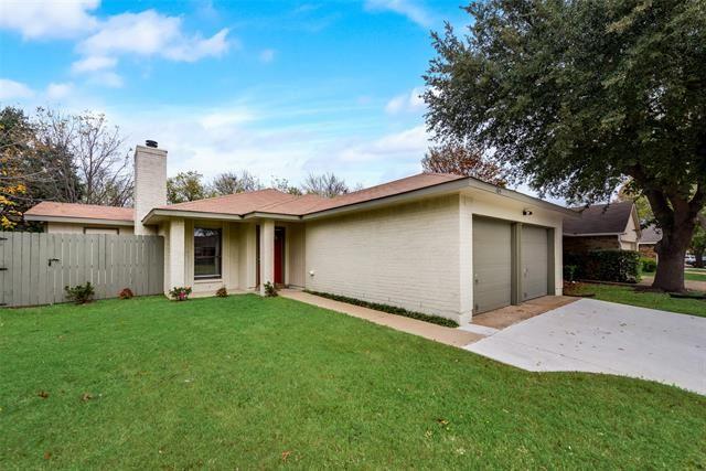 105 Caprock Drive, Arlington, TX 76018 - #: 14477374