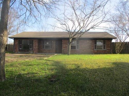 Photo of 1101 Houston Street, Wills Point, TX 75169 (MLS # 14291375)