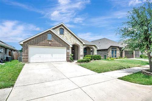 Photo of 1305 Raleigh Path Road, Denton, TX 76208 (MLS # 14632381)