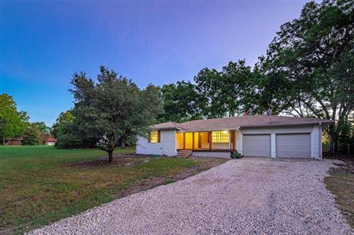 Photo of 6093 County Road 570, Farmersville, TX 75442 (MLS # 14655383)