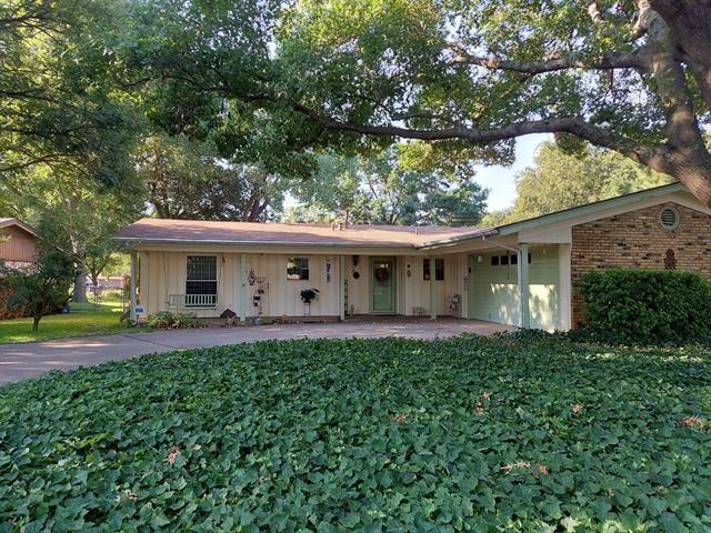 833 Edgehill Drive, Hurst, TX 76053 - #: 14439383