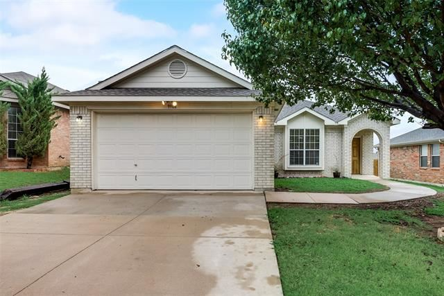 9904 Blue Bell Drive, Fort Worth, TX 76108 - #: 14440383