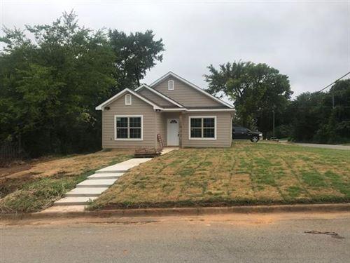 Photo of 420 W Elm Street, Denison, TX 75020 (MLS # 14384390)