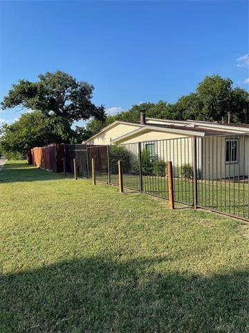 4601 Burton Avenue, Fort Worth, TX 76105 - #: 14610390