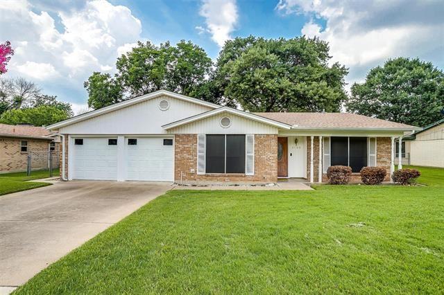 2100 Ming Drive, Edgecliff Village, TX 76134 - #: 14629390