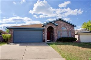 Photo of 758 Deauville Circle W, Fort Worth, TX 76108 (MLS # 14189395)