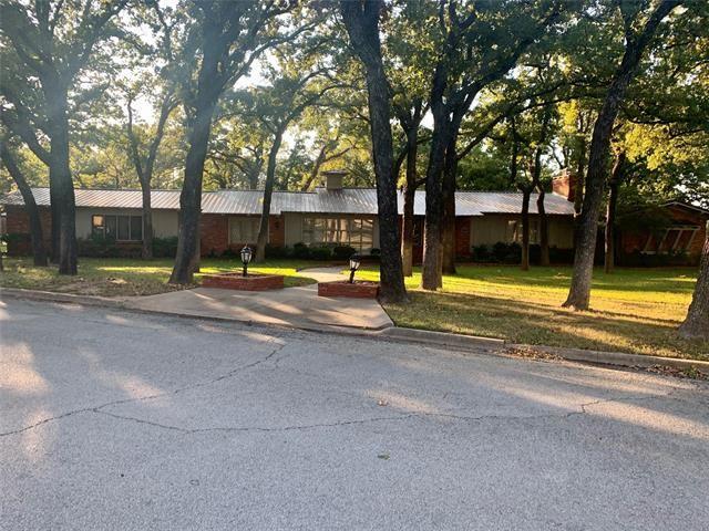 200 Oaklawn Avenue, Nocona, TX 76255 - MLS#: 14424395