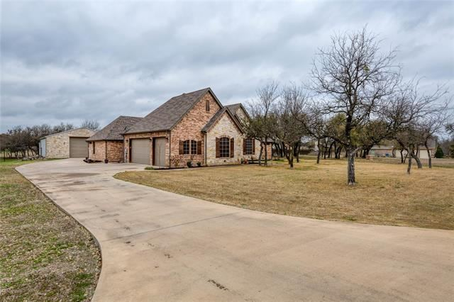 104 Bedding Lane, Azle, TX 76020 - #: 14517395