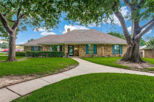 Photo of 7153 Wind Chime Drive Drive, Fort Worth, TX 76133 (MLS # 14600396)