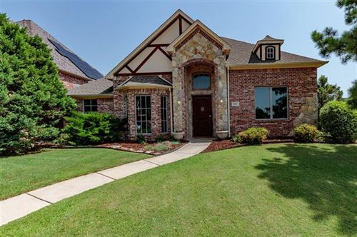 Photo of 621 Forest View Court, Hurst, TX 76054 (MLS # 14371398)