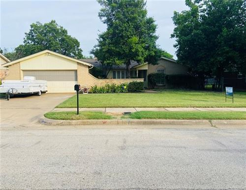 Photo of 1904 Chattanooga Drive, Bedford, TX 76022 (MLS # 14375402)