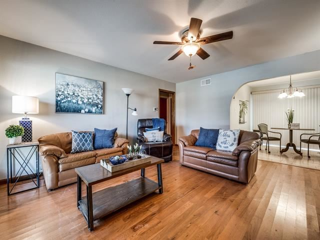 1504 Hillcrest Drive, Arlington, TX 76010 - #: 14500405
