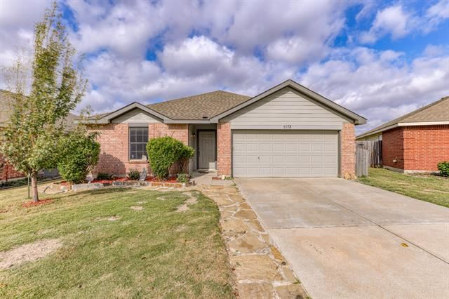 1172 Mustang Ridge Drive, Fort Worth, TX 76052 - #: 14690407