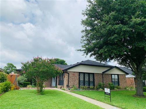 Photo of 1426 Reesling Drive, Mesquite, TX 75150 (MLS # 14373411)