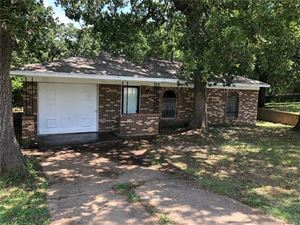 Photo of 1214 Carla Street, Denison, TX 75020 (MLS # 14138414)