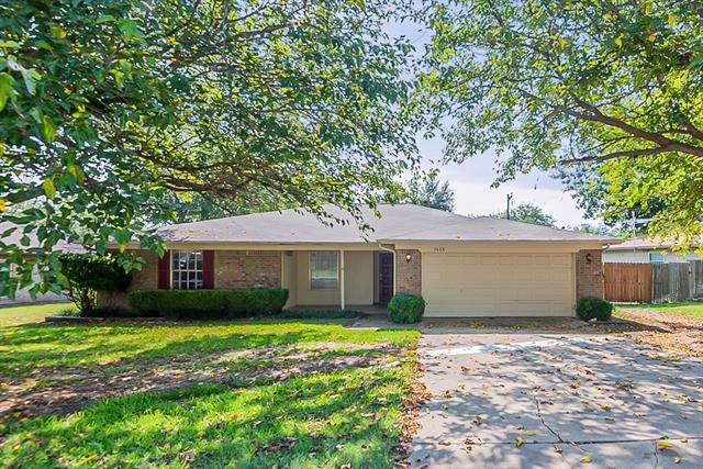 1428 Timberline Drive, Benbrook, TX 76126 - #: 14659416