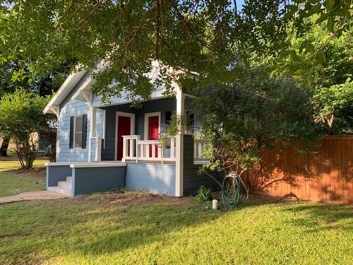 Photo of 202 S Lee Street, Valley View, TX 76272 (MLS # 14284419)