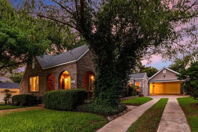 2220 Glenco Terrace, Fort Worth, TX 76110 - #: 14385421
