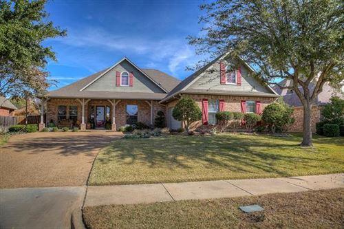 Photo of 2714 Knightsbridge Lane, Garland, TX 75043 (MLS # 14229426)