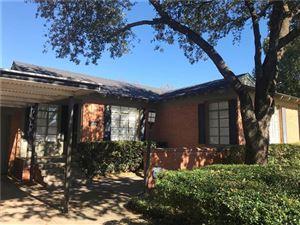 Photo of 4021 Rochelle Drive, Dallas, TX 75220 (MLS # 13988429)
