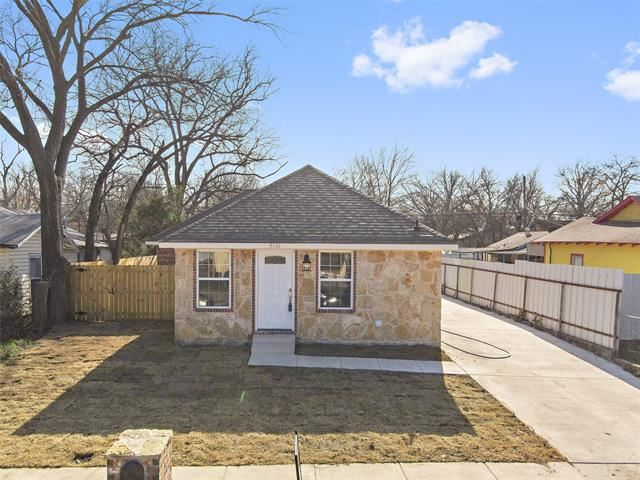 3526 Strong Avenue, Fort Worth, TX 76105 - #: 14459430