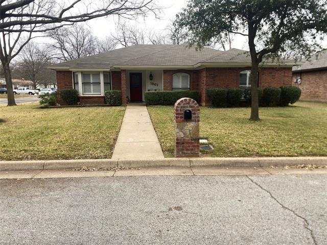1861 Larkspur Drive, Arlington, TX 76013 - #: 14507430