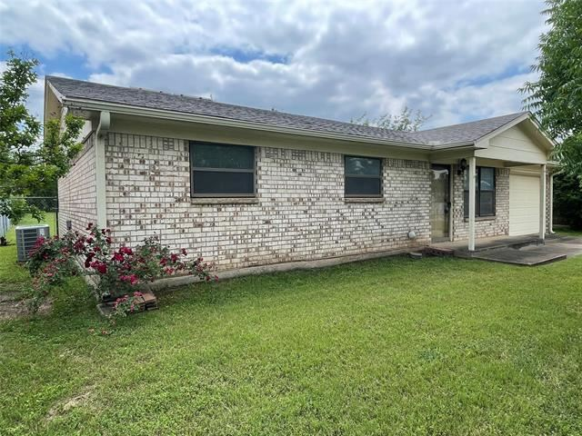 8421 Ronnie Street, White Settlement, TX 76108 - #: 14576430