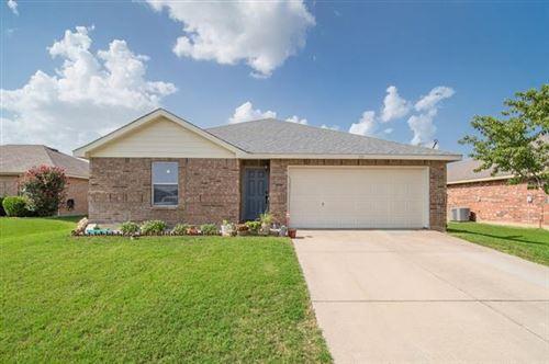 Photo of 121 Pintail Lane, Sanger, TX 76266 (MLS # 14380431)