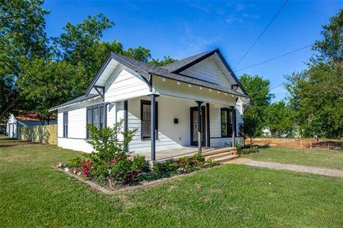 Photo of 600 Star Street, Denison, TX 75020 (MLS # 14382431)