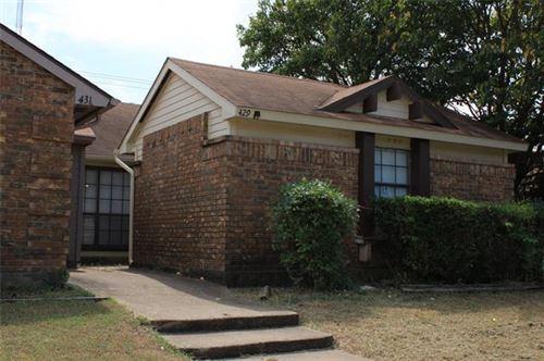 Photo of 429 Pogue Street, Cedar Hill, TX 75104 (MLS # 14675431)