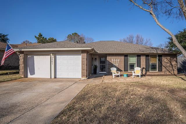 2841 Woodpath Lane, Bedford, TX 76021 - #: 14498431