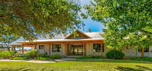 Photo of 2274 Private Road 935, Stephenville, TX 76401 (MLS # 14224433)