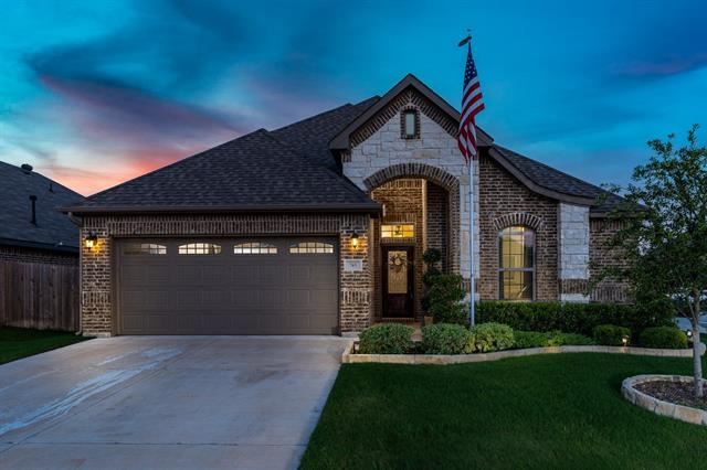745 Ravenwood Drive, Saginaw, TX 76179 - #: 14350437