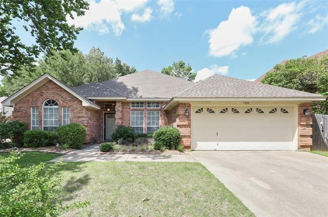 720 Tradonna Lane, Hurst, TX 76054 - #: 14626437