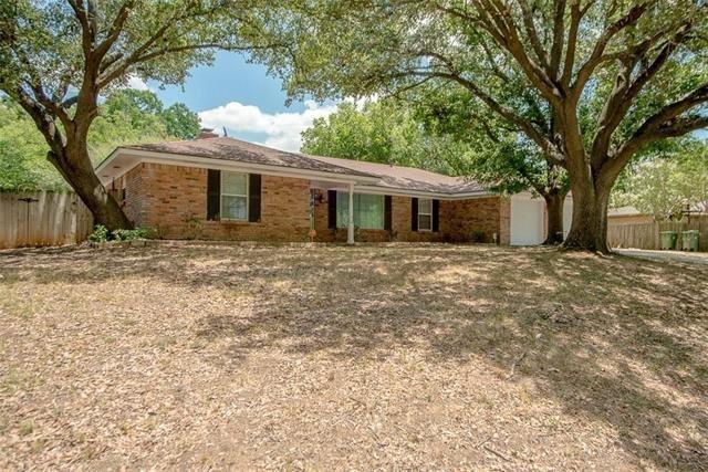 1000 Tanglewood Lane, Arlington, TX 76012 - #: 14473441