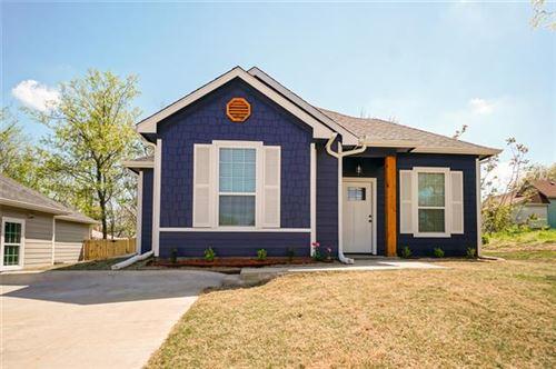 Photo of 320 W Bond, Denison, TX 75020 (MLS # 14549443)