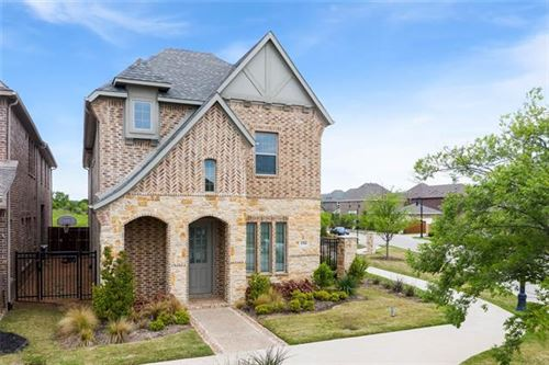 Photo of 1316 Spring Lilac Lane, Arlington, TX 76005 (MLS # 14558448)