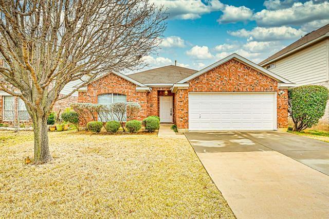 413 Prairie Gulch Drive, Fort Worth, TX 76140 - #: 14517448