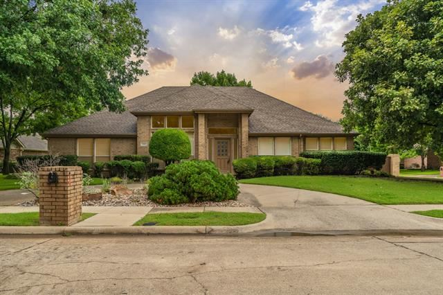 2901 Chalfont Lane, Plano, TX 75023 - #: 14654449