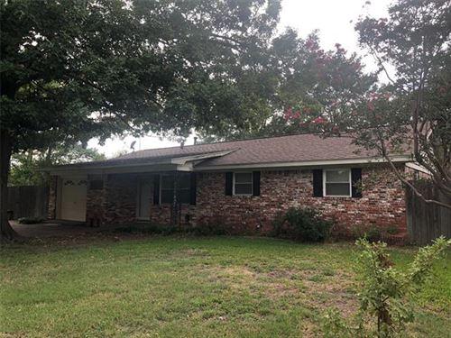 Photo of 1601 N Frances Street, Terrell, TX 75160 (MLS # 14433450)