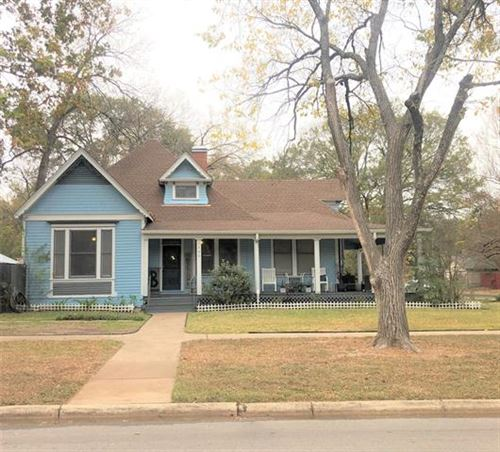 Photo of 1302 W 5th Avenue, Corsicana, TX 75110 (MLS # 14479451)