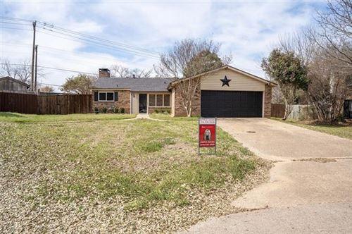 Photo of 3731 Twin Oaks Court, Flower Mound, TX 75028 (MLS # 14500451)